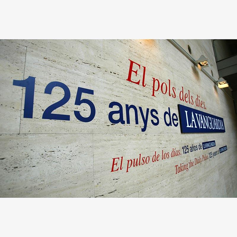 EL POLS DELS DIES. 125 ANYS DE LA VANGUARDIA. CCCB. BARCELONA 2006