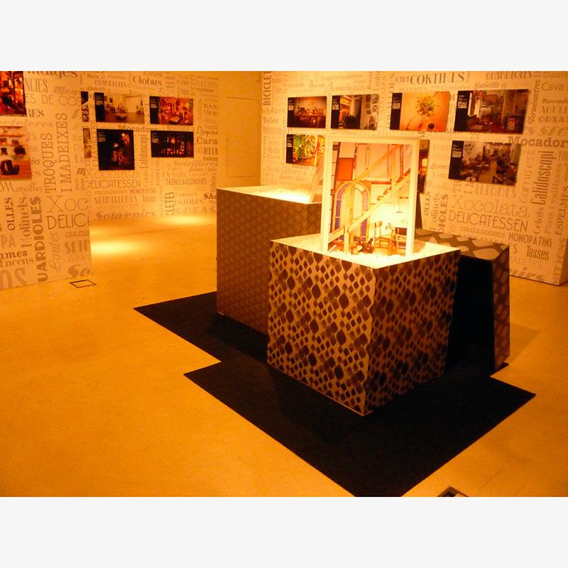EXPOSICIÓN FOTOGRÁFICA BOTIGUES AMB ENCANT. SALA CIUTAT DEL AYUNTAMIENTO DE BARCELONA 2013