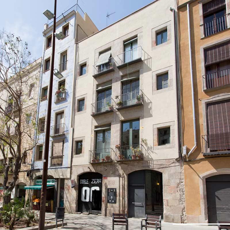 Reforma integral edificio casco antiguo Barcelona. Arquitectura soler y farriol